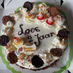 Loes 2 jaar: slagroomtaart